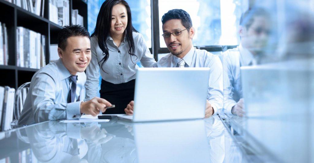Asian-Business-team